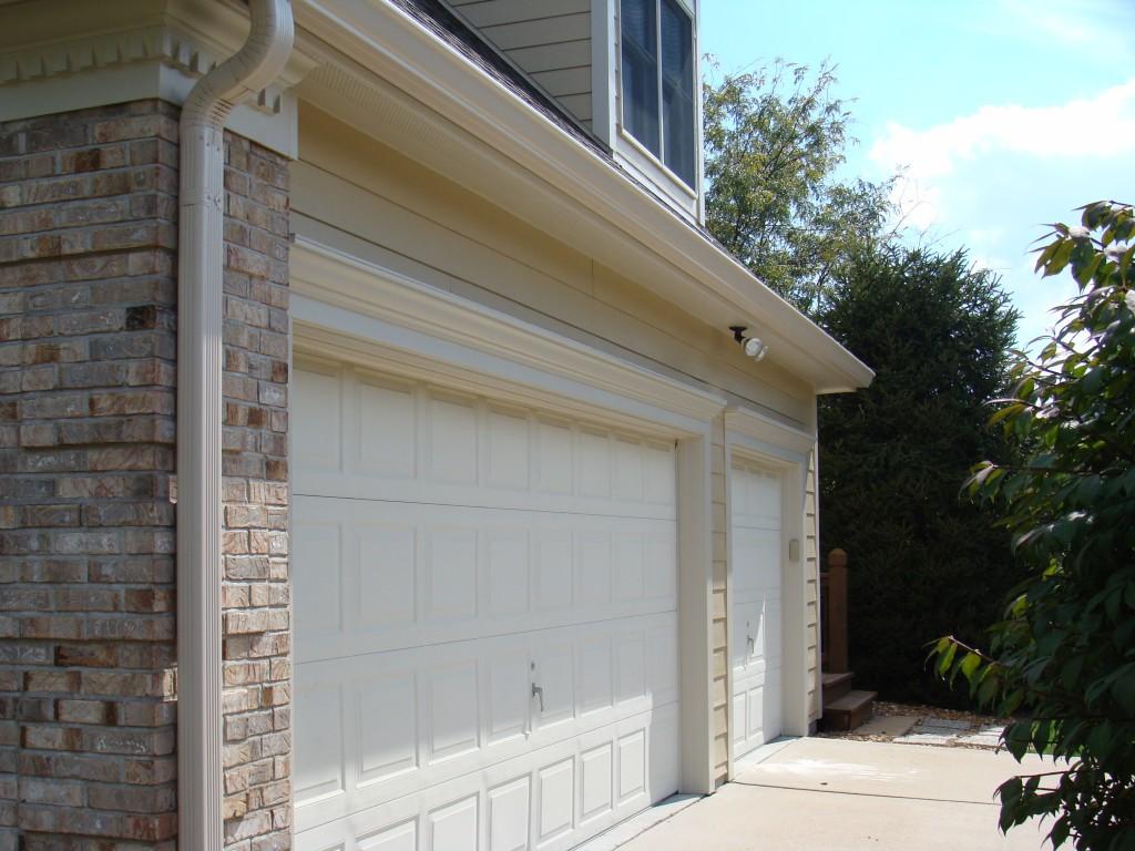 Garage Door Brickmold
